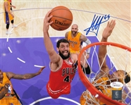Nikola Mirotic Signed Bulls 8x10 Photo vs Lakers Autographed JSA Witness COA